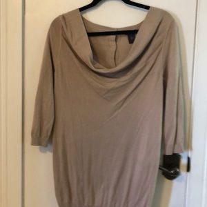NWT Ann Taylor size med lite weight sweater
